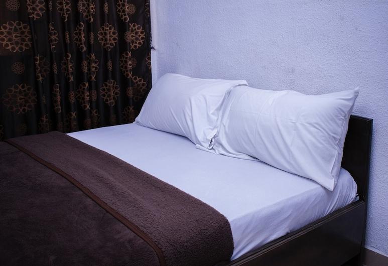 一天一天飯店, 拉各斯, 標準雙人房, 客房