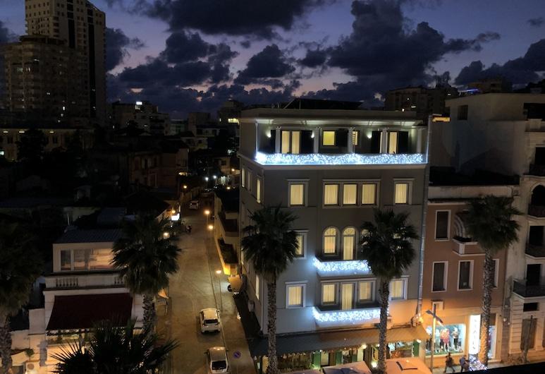 Amfiteatri boutique hotel, Durres, Hotel Front