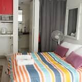 2 Executive Suite, 1 Bedroom, Balcony, Park View - Bathroom