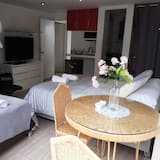 2 Executive Suite, 1 Bedroom, Balcony, Park View - Private kitchen