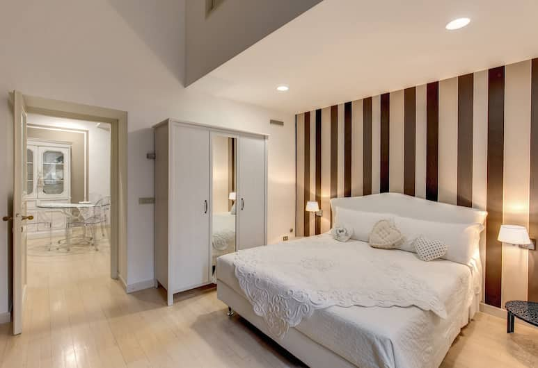 Trevi Miracle Suite, Rome, Deluxe Apartment, 3 Bedrooms, 2 Bathrooms, City View, Room