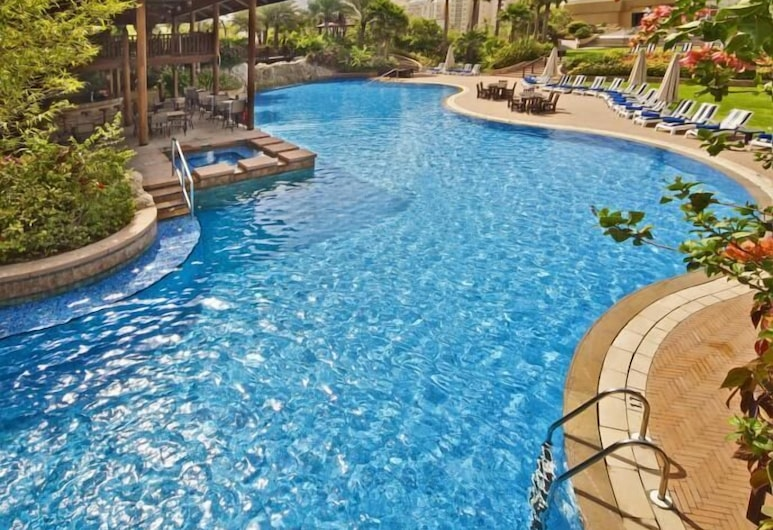 Gulf Executive Residence, Manama, Alberca al aire libre