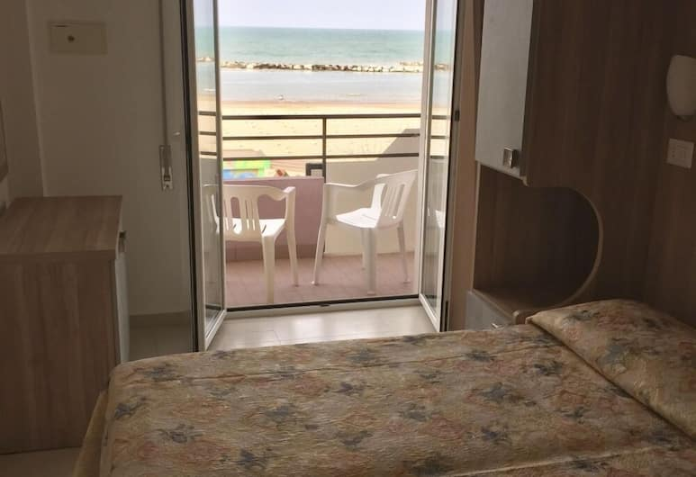 Hotel Ridens, Rimini, Double Room, Balcony, Bilik Tamu