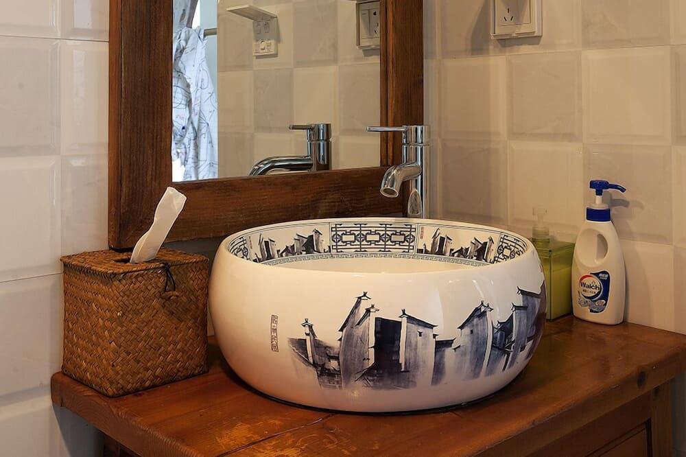 Comfort tuba, 1 lai voodi - Vannituba
