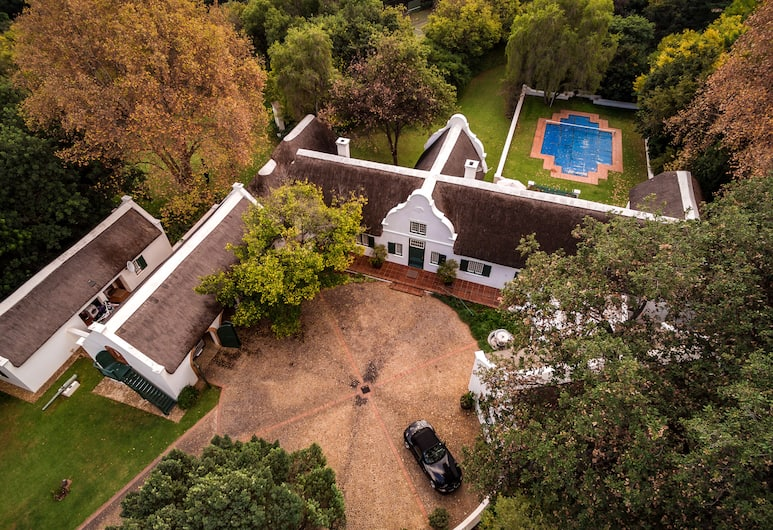 The Gables Suite- Adults Only, Sandton