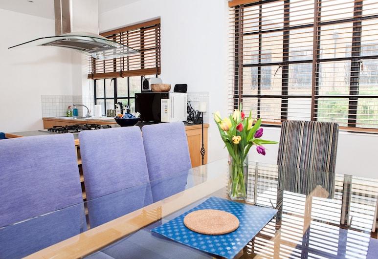 Spectacular 4 Bed Flat Close to London Eye, Londen, Appartement, 4 slaapkamers, Eetruimte in kamer
