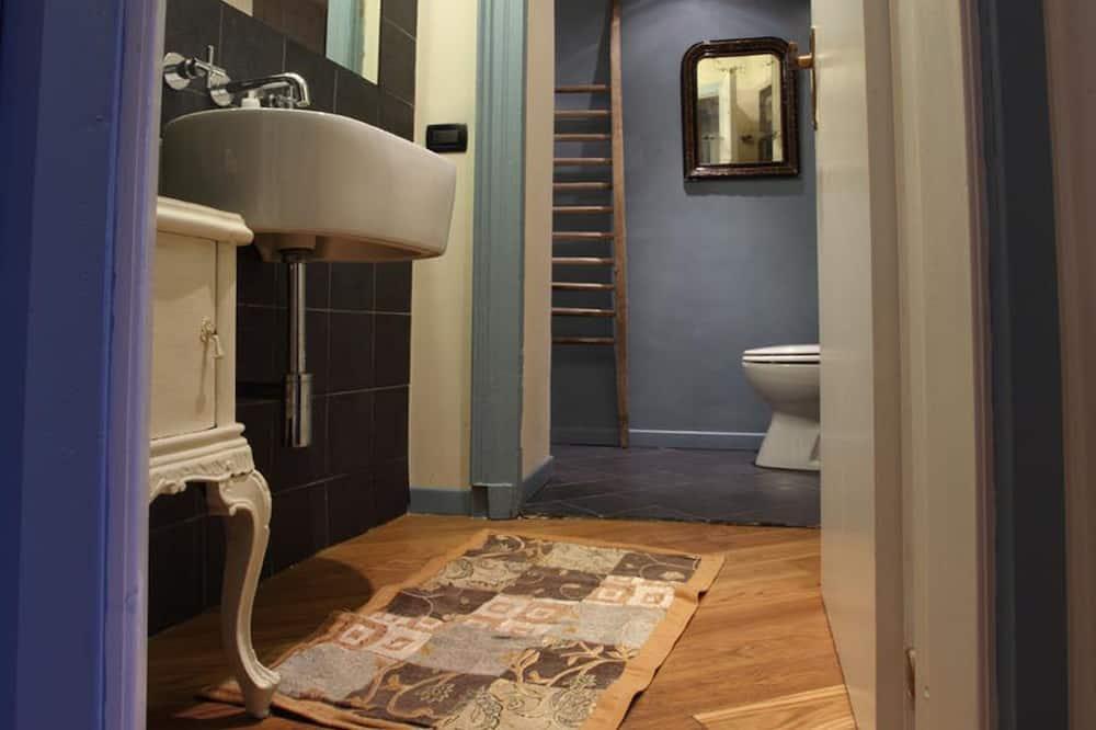 ห้องดับเบิล, ห้องน้ำในตัว - ห้องน้ำ