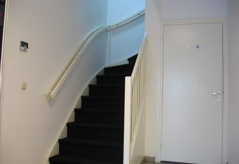 Guest House Amsterdam, Amsterdam, Basic-Zimmer, Gemeinschaftsbad (Private Room for 6 Persons), Treppe