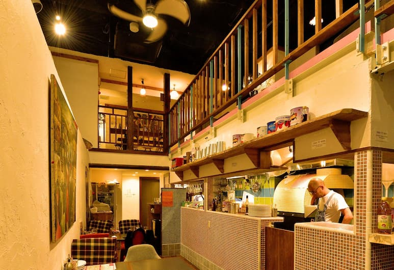 HOSTEL WAQWAQ TOKYO UENO ASAKUSA, Tokyo, Restaurant