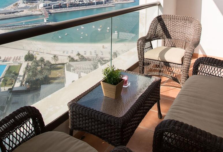 HiGuests Vacation Homes - Shams 4, Dubai, Balkong