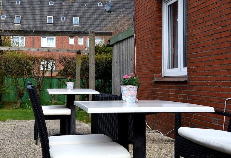 Haus Ohio Garni, Borkum, Terrace/Patio