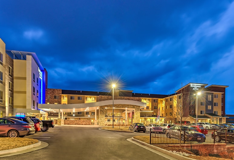 Fairfield Inn & Suites St Louis Westport, Maryland Heights, Hadapan Hotel - Petang/Malam