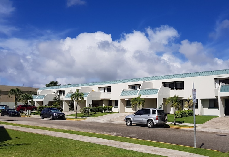 Big Family House, Tamuning, Front of property