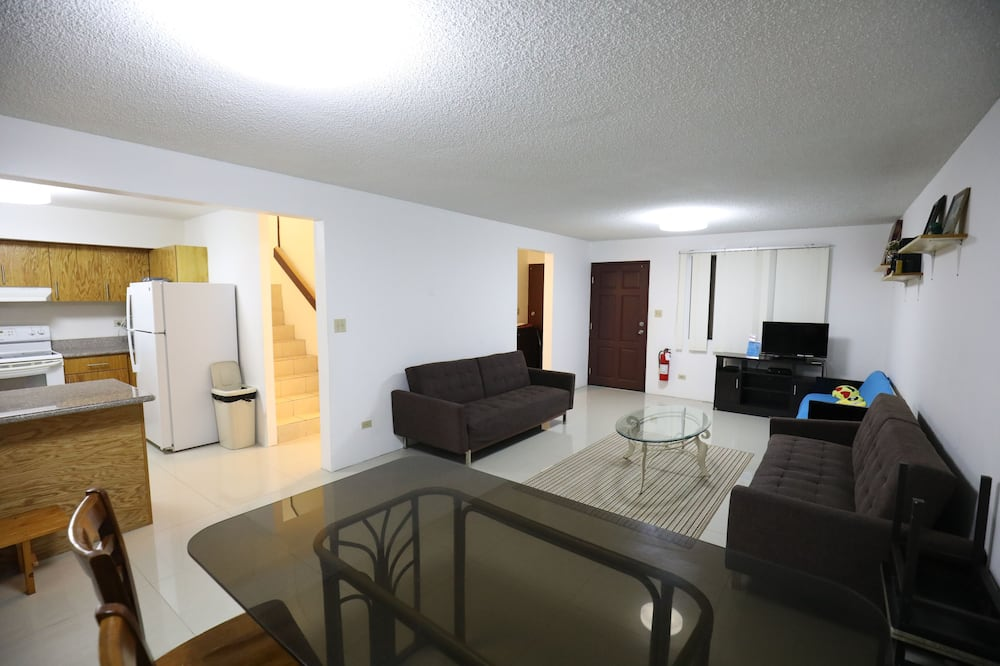 디럭스 빌라, 침실 3개, 금연 - 거실 공간