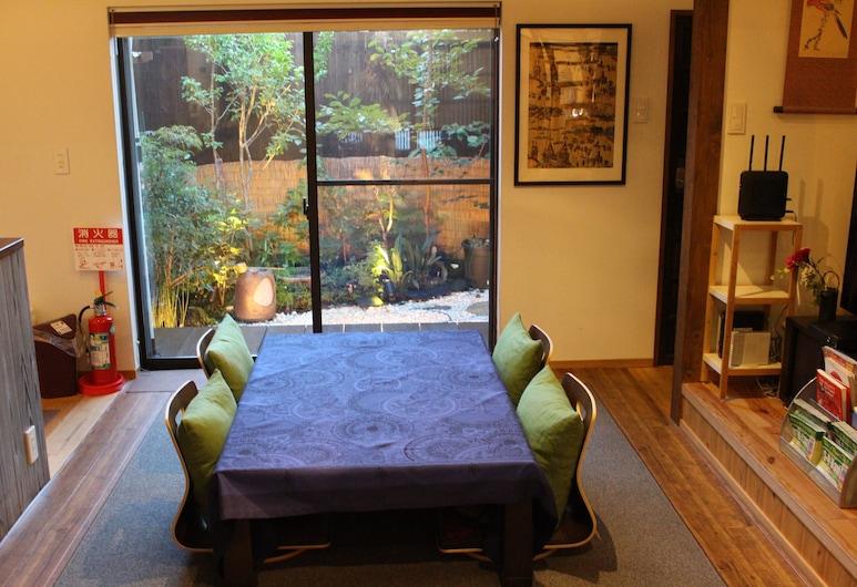Nishijin No Sato, Kyoto, Private Vacation Home, Room