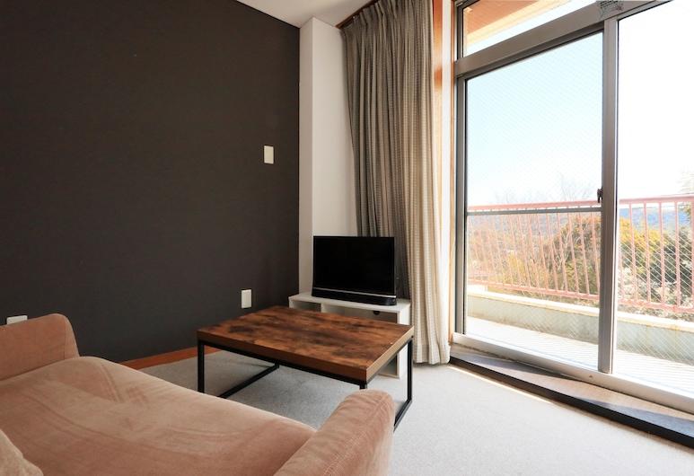 Yamatoso - Hostel, Ito, Standardní třílůžkový pokoj (Japanese Western Style), Pokoj