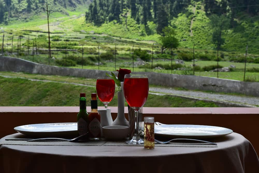 Premium Double Room, 1 King Bed, Mountain View, Mountainside - Balcony View