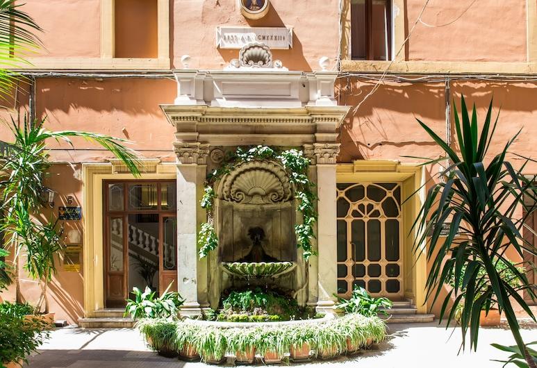 Nazionale Palace Suites, Rome, Innenhof