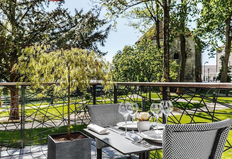 Les Jardins du Mess, Verdun, Taras/patio