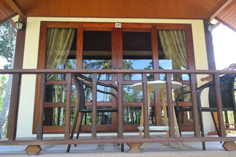 Deluxe Cottage - Balcony
