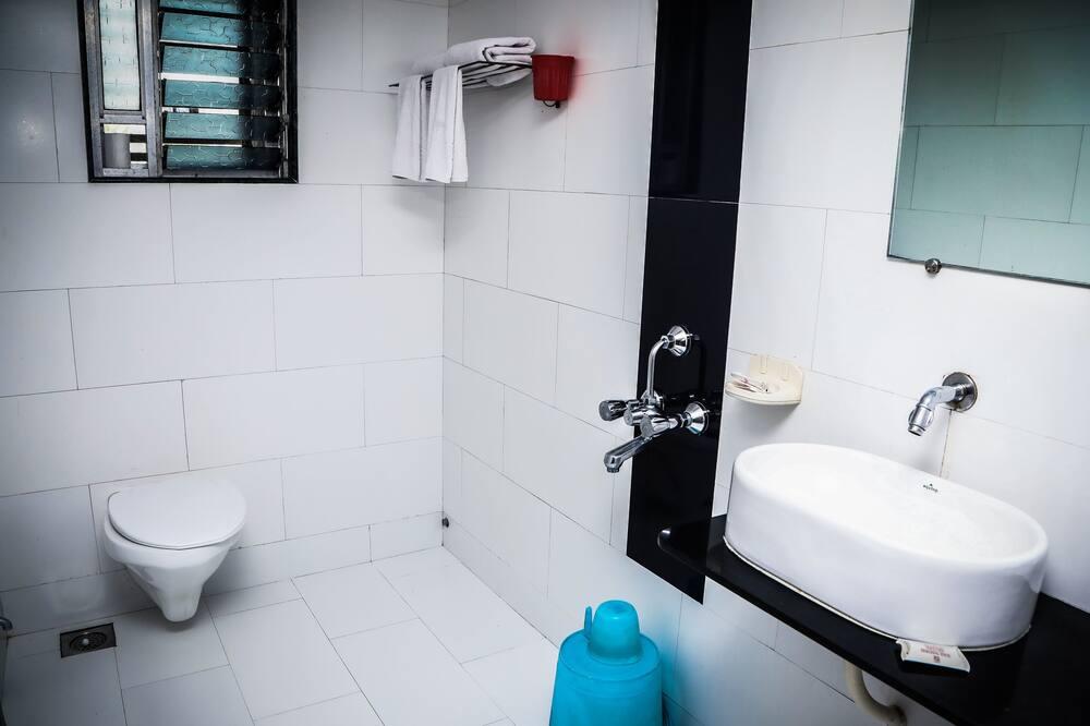 Business-Zimmer, 1 Doppelbett - Badezimmer