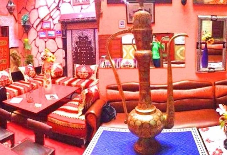 里亞德馬拉喀什艷紅青年旅舍, 馬拉喀什, 大堂閒坐區