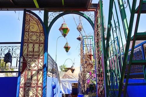 里亚德莱拉罗格酒店/