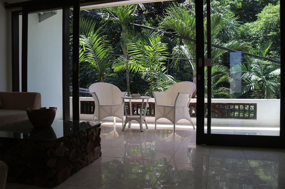 Villa, 2 Yatak Odası, Kişiye Özel Havuzlu - Balkon