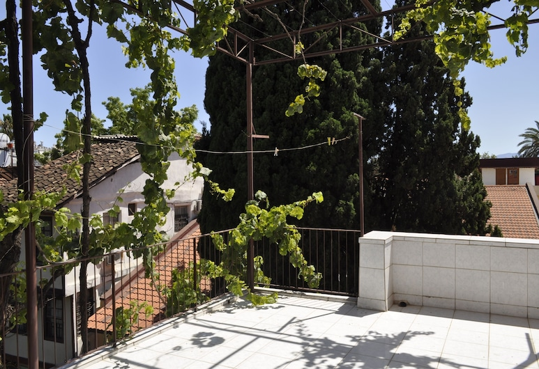 Erkal Pansion, Antalya, Apart Daire, 1 Yatak Odası, Teras/Veranda