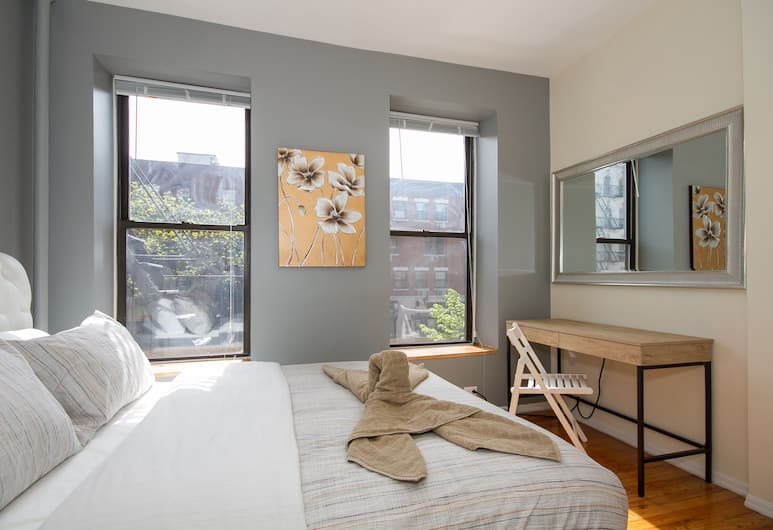 East Village 2 Bedroom Apartments, New York, City Apartment, 2 Bedrooms, Bilik