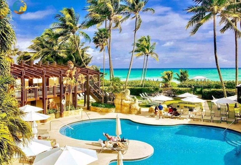 Luxury Beach Resort - HORA RENTALS, Miami Beach, Pool
