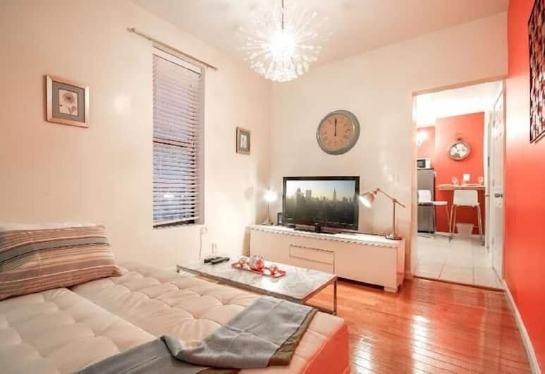 Washington Heights Apartments, New York