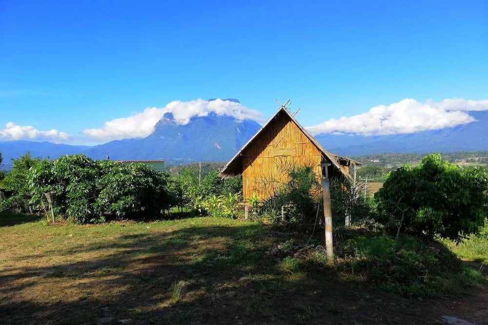 Bamboo Hut  - Utsikt mot fjell