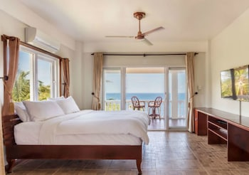 Picture of Monkey Beach Dive Resort in Puerto Galera