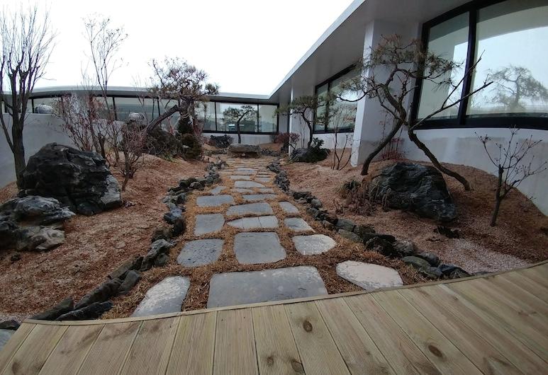 Aria Hotel Seosan, Seosan, Doppelzimmer (Access to Garden), Terrasse/Patio
