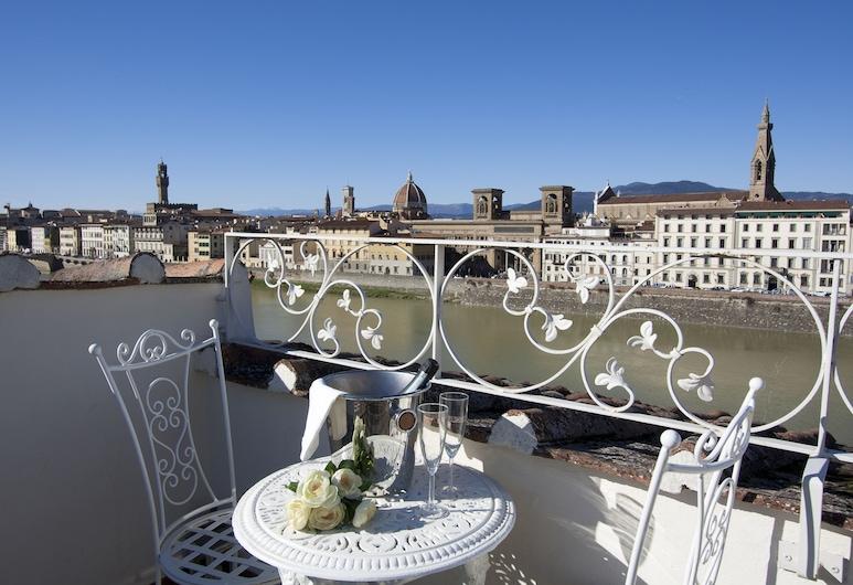 Serristori Palace, Florence, Penthouse Deluks, 3 kamar tidur, 2 kamar mandi, Teras/Patio