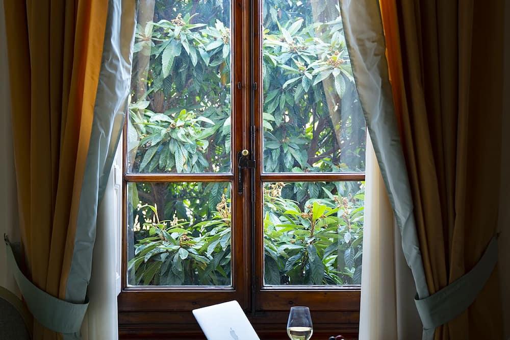Classic-Apartment - Wohnzimmer