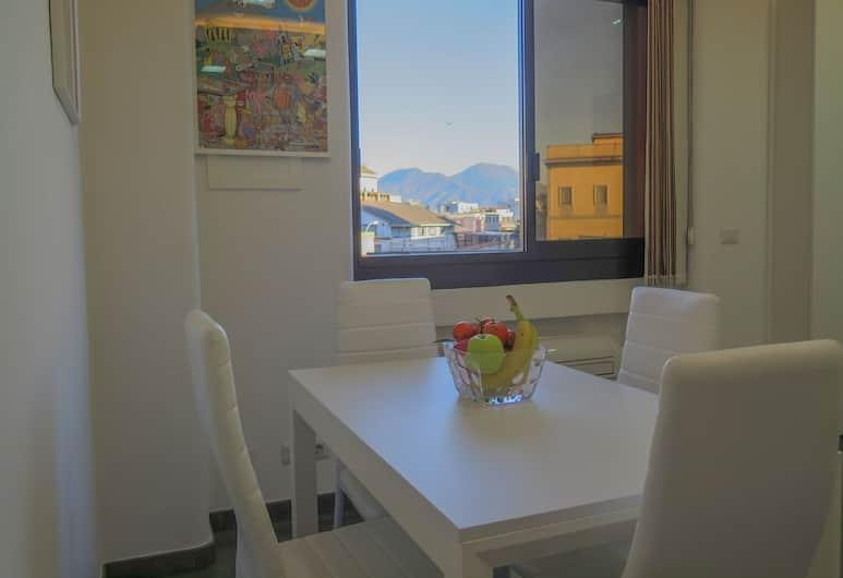 Mondo Suites, Naples, Apartemen, 1 kamar tidur, pemandangan kota, Tempat Makan Di Kamar