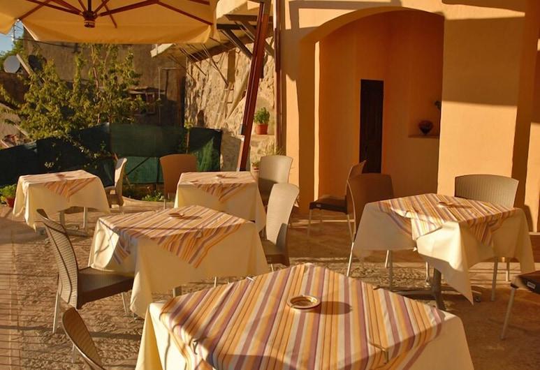 Thalassa Locanda B&B e Appartamento, Arcidosso, Tempat Makan Luar Ruangan