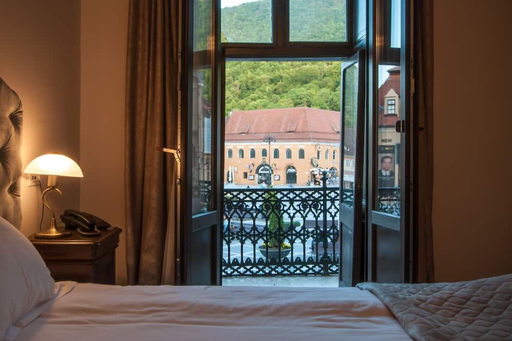 Панорамний двомісний номер, 1 ліжко «квін-сайз», з видом на гори - Номер
