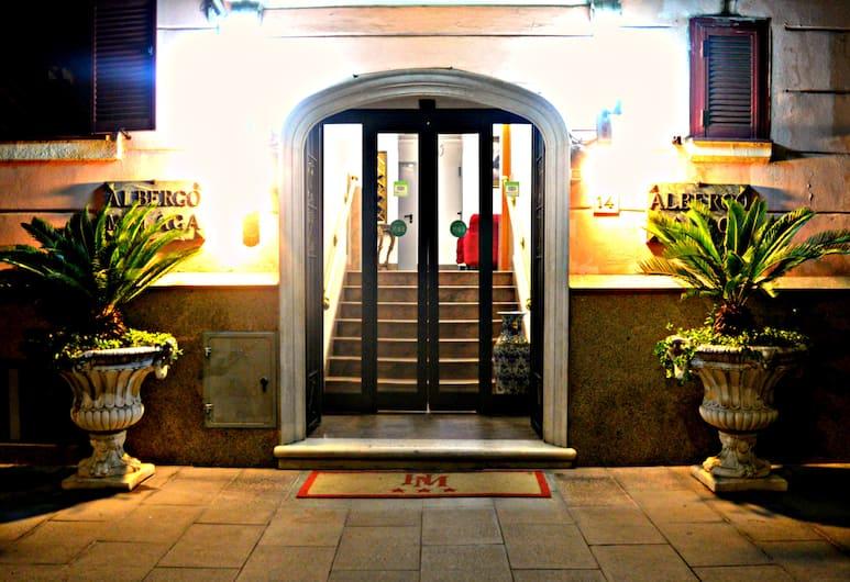 Hotel Malaga, Rome, Hotel Entrance