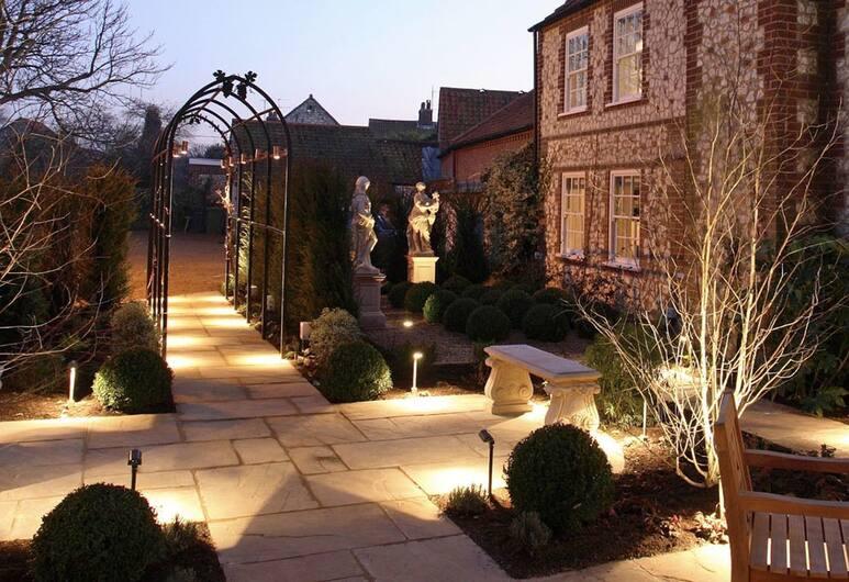 Vine House Luxury Boutique Hotel, King's Lynn, Otelin Önü - Akşam/Gece