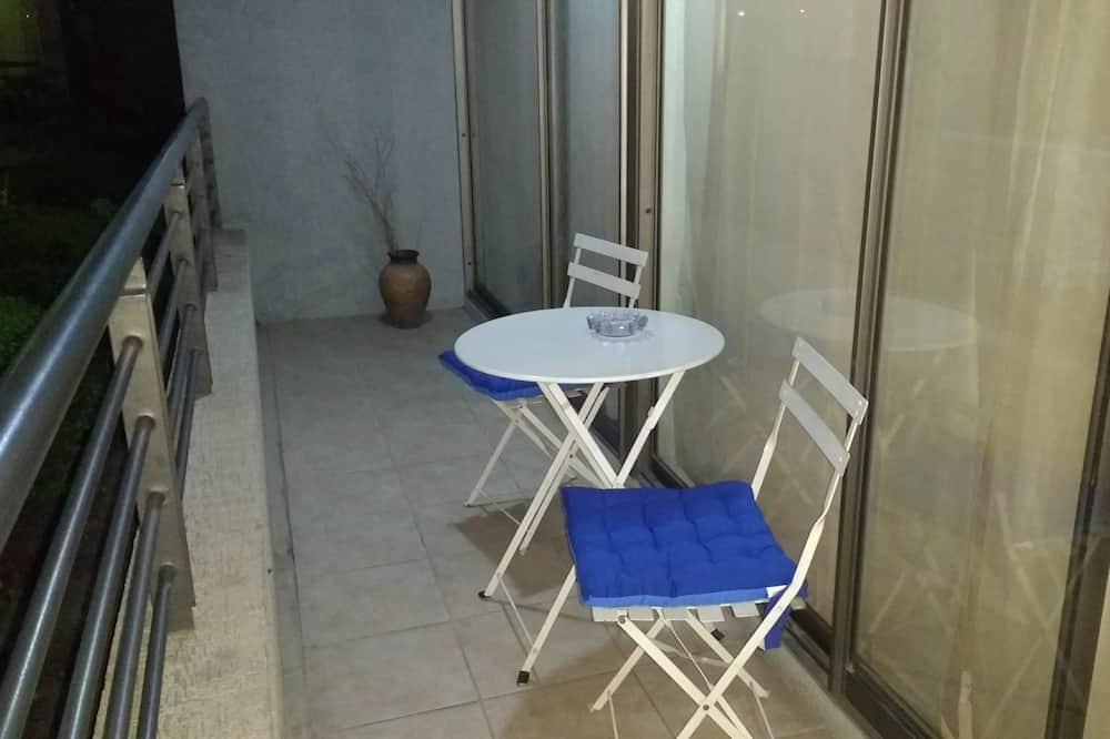 דירה, 2 חדרי שינה, חדר רחצה פרטי - מרפסת