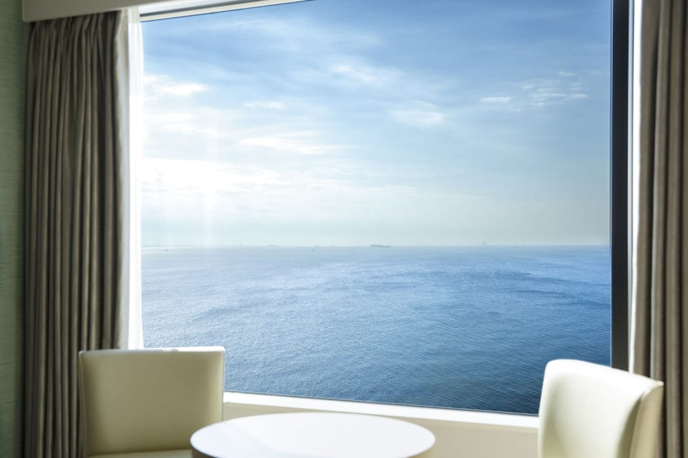 Deluxe Sunrise View Twin -AKANE- - Guest Room View