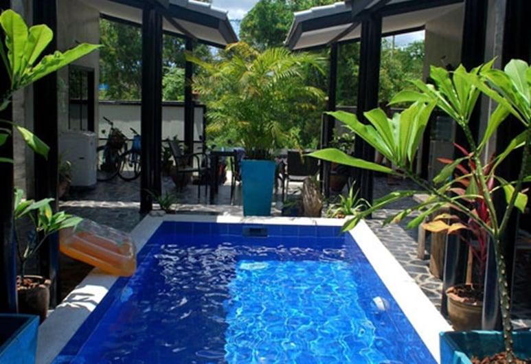 The Beach House Bungalows, Pranburi, Buitenzwembad