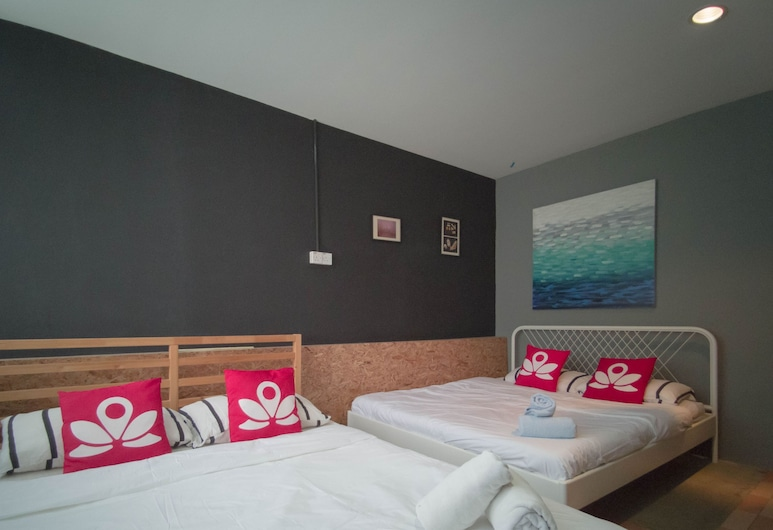 Koptel Budget Hotel, Kuching, Family Room, Guest Room