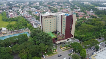 Picture of Hotel AYOLA Lippo Cikarang in Jakarta