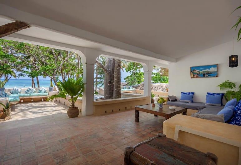 Kenyaways Beach Resort, Diani Beach