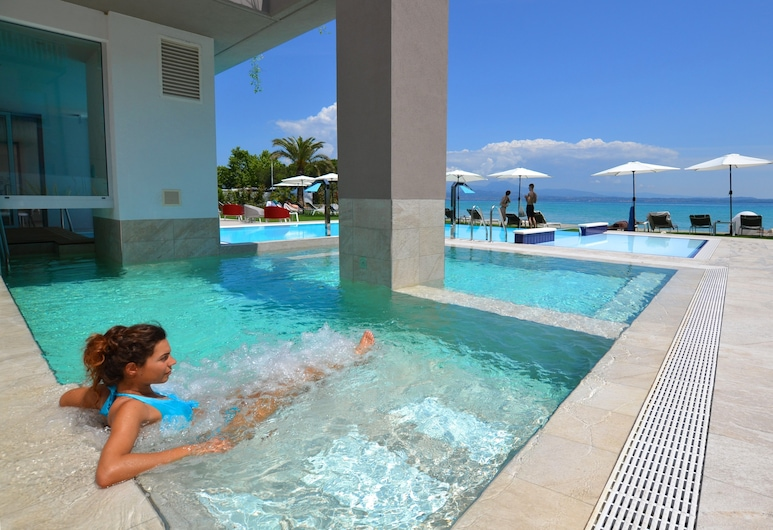 Hotel Ocelle Thermae & Spa, Sirmione, Naturpool