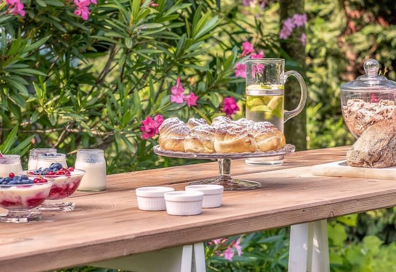 Relais Mozart, Rovereto, Outdoor Dining